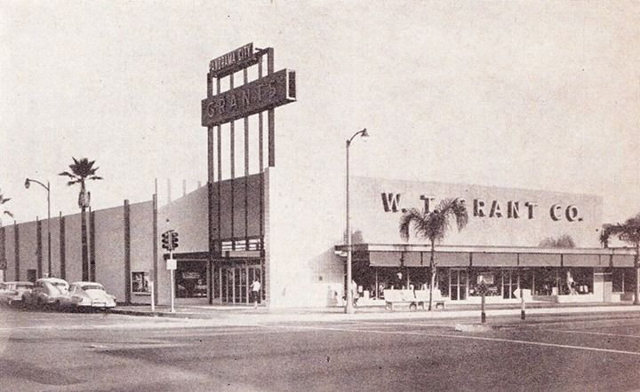 Grants 8440 Van Nuys Blvd Panorama City Ca Circa 1956 From Chain Store Age Los Angeles Architecture Panorama City Venice California