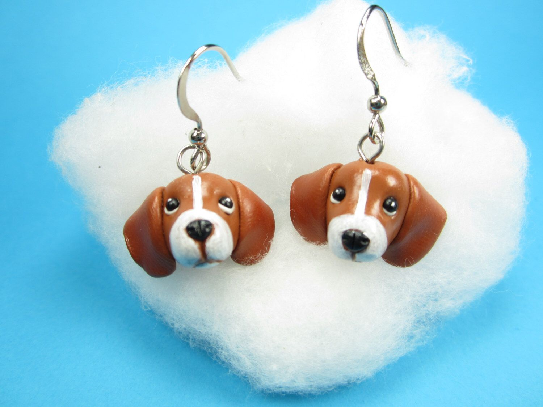Beagle Earrings - Dangle Dog jewelry miniature animal dog earrings beagle jewelry collectible by LittleShopOfClays on Etsy https://www.etsy.com/listing/226748898/beagle-earrings-dangle-dog-jewelry