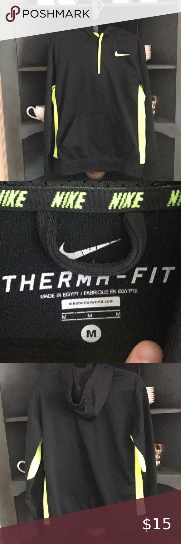 Men S Nike Therma Fit Sweatshirt Like New Men S Nike Sweatshirt In Black And Neon Yellow Nike Shirts Sweatshirt Sweatshirts Workout Sweatshirt Sweatshirt Shirt [ 1740 x 580 Pixel ]