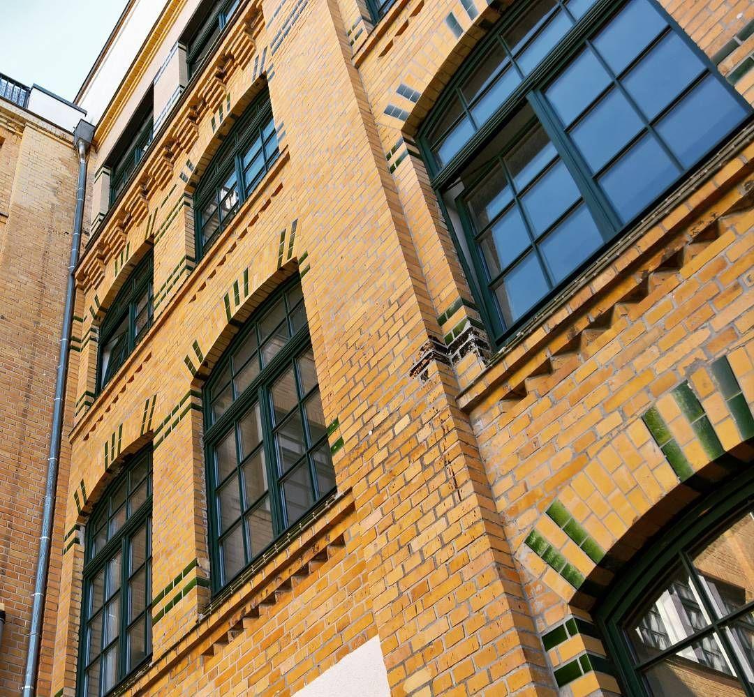 #deskcentersolutions #picoftheday #leipzigcity #südvorstadt #work #businesslife #worklife