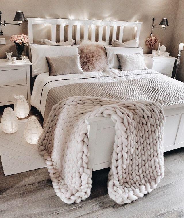 2018 bedroom decor idea pale grey blush