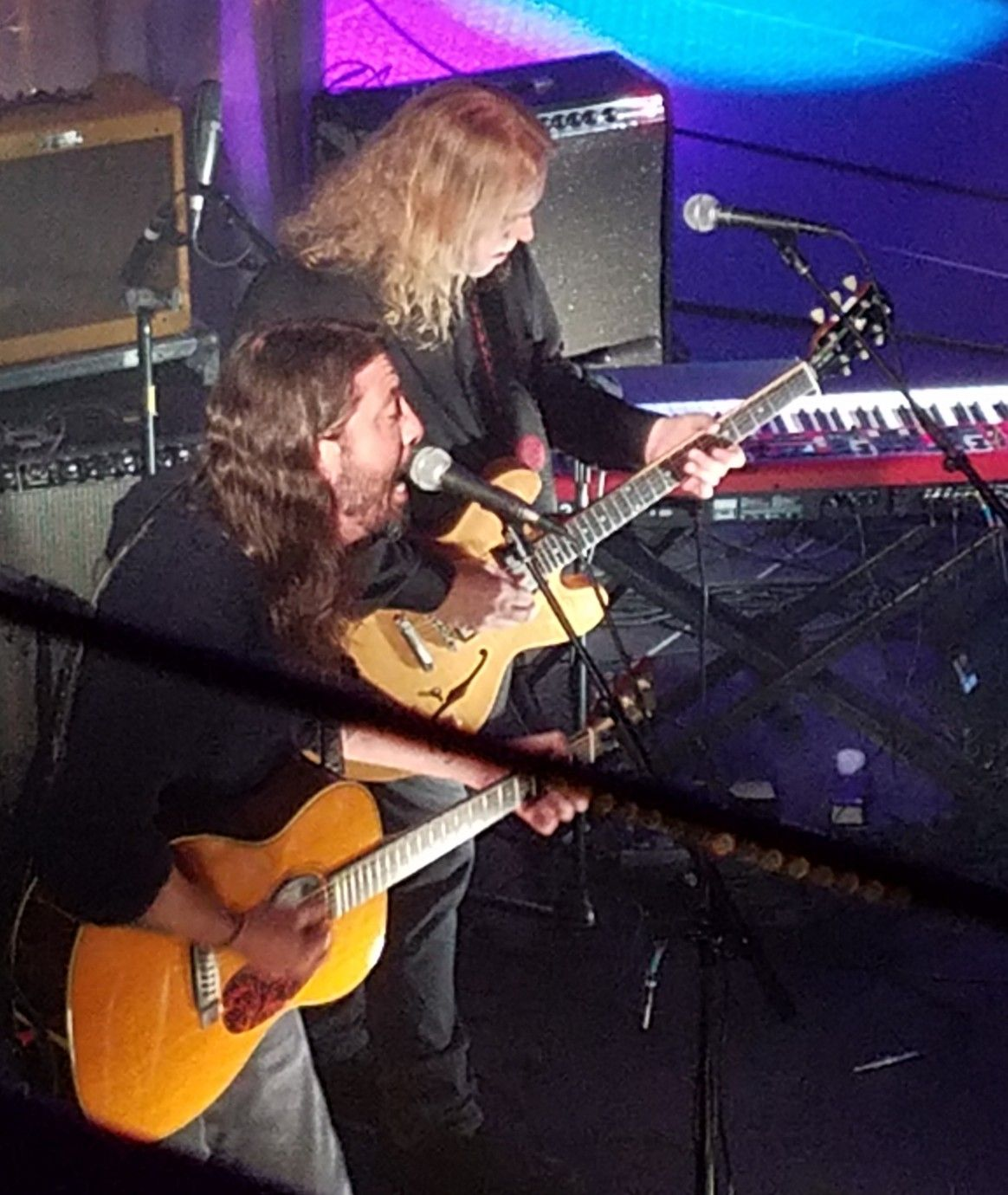 Christmas Jam 2019.2018 Christmas Jam Mr Dave Grohl And Mr Warren Haynes