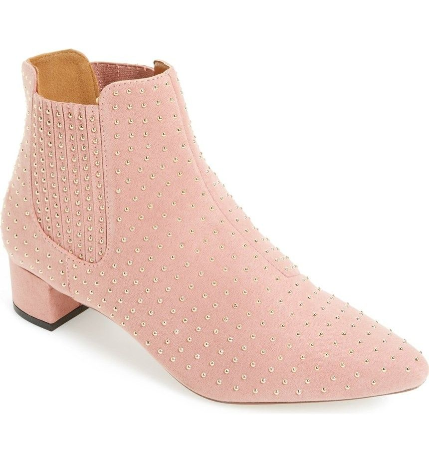Swooning over this pink Topshop bootie!