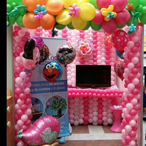 decoracion de stand con globos