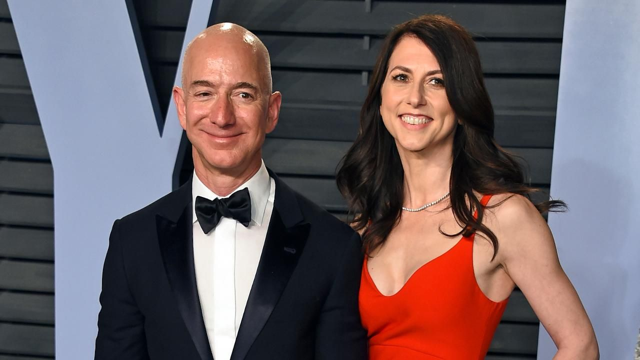 Latest MacKenzie Bezos Photos