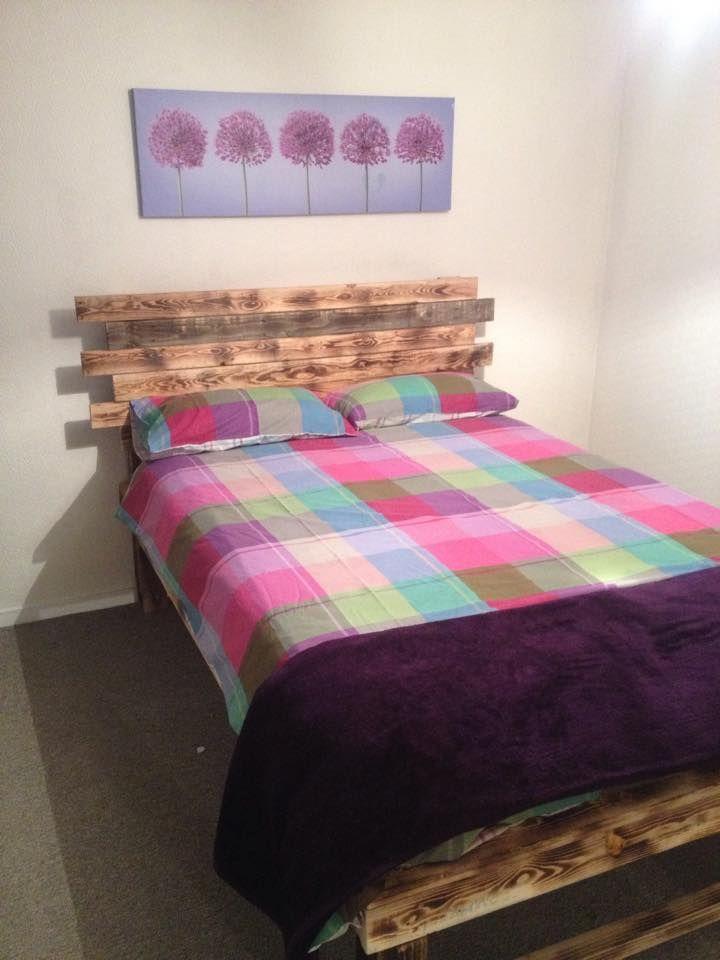 lit en palette tuto affordable tete de lit bois palette lit en lit total look lit palette tuto. Black Bedroom Furniture Sets. Home Design Ideas