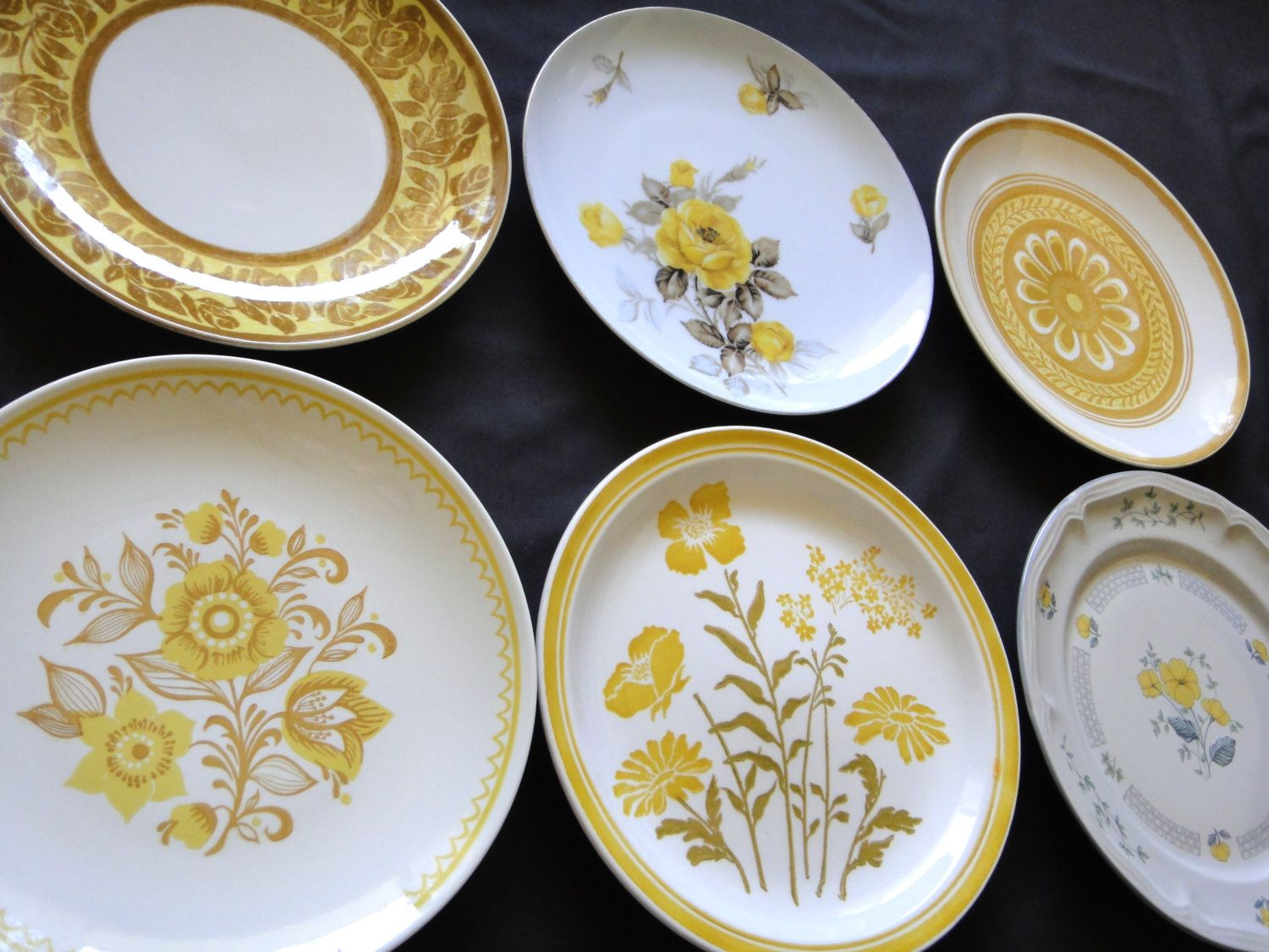 Mismatched Vintage Dinner Plates // Mix and Match Dinner Plates // Set of 6 // Yellow & Mismatched Vintage Dinner Plates // Mix and Match by TheOddBin ...