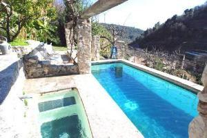 Vakantiehuis Le Moulin à Huile - Saint-Jeannet - Cote d'Azur - Alpes Maritimes Zuid Frankrijk - Privé zwembad