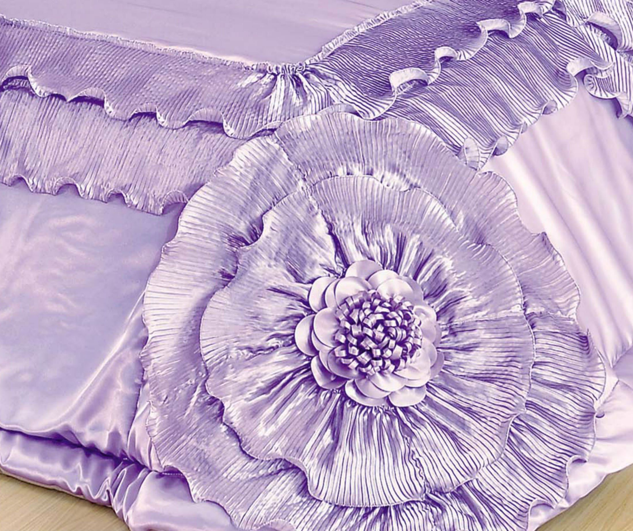 Amazon Com Tache Lavender Fields Faux Satin Sateen Queen