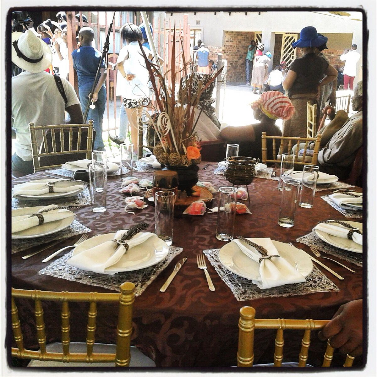 Traditional african wedding centerpieces and decor facebook traditional african wedding centerpieces and decor facebookjoburgtents or secundatentsevents junglespirit Image collections