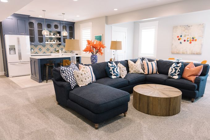 navy sofa living room best 25 navy sectional ideas on navy blue 15771