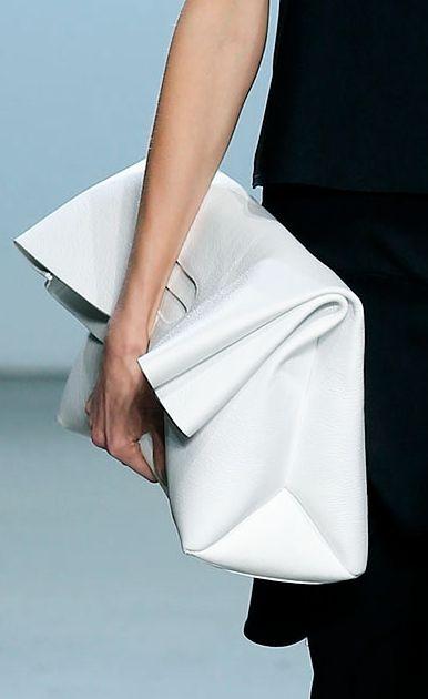 vit väska inspiration