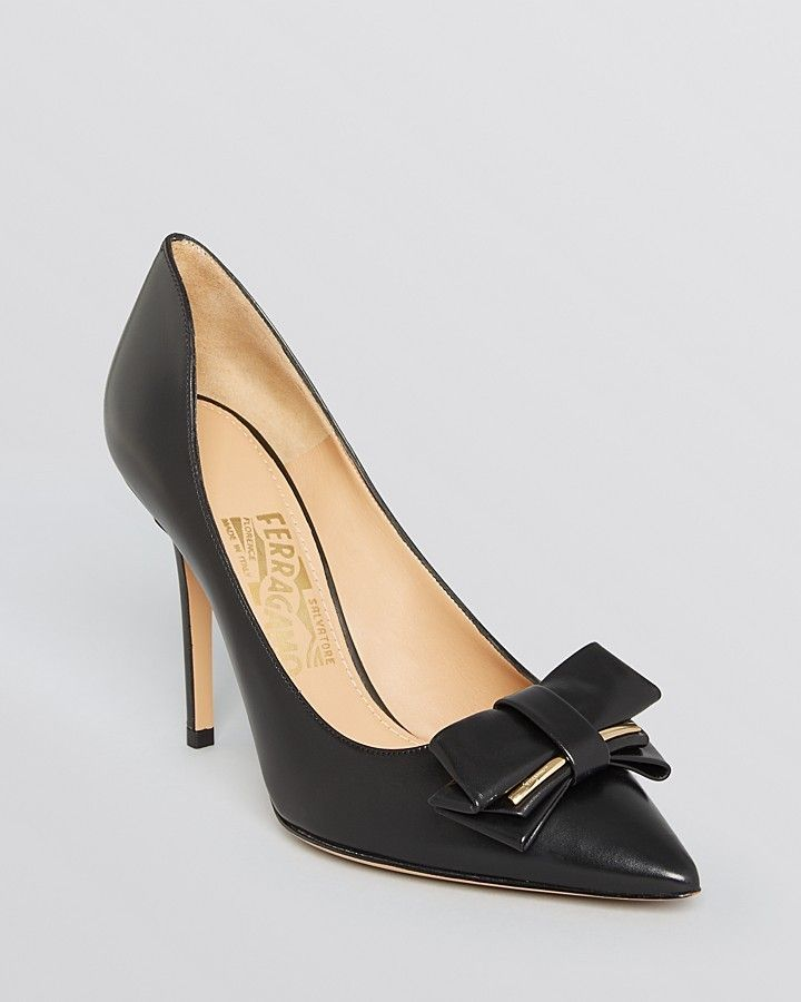 cce66be88a3 Salvatore Ferragamo Pointed Toe Pumps - Runa Bow High Heel