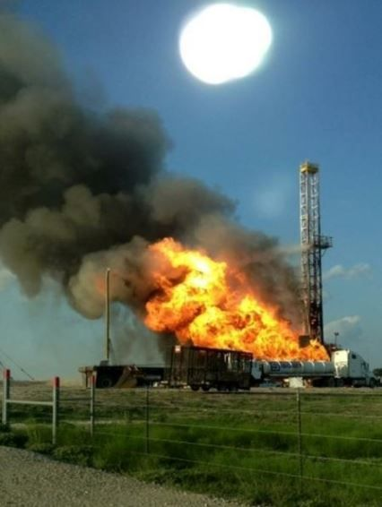 Nabors rig blows out catches fire while drilling Eagle Ford shale well for  EOG Resources Photo:Yoakum Fire Dept   Oilfield life, Oilfield, Oil and gas