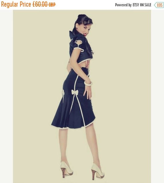 139b9987b0 Pin Up // 1950,s style // Navy high waist fishtail skirt with white seamed  detail, buttons and bows.