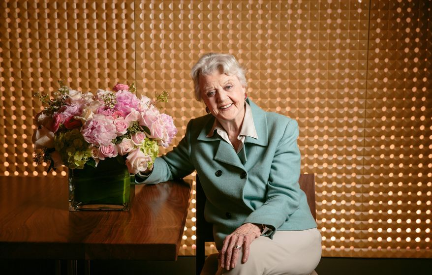"""Angela Lansbury returns to Washington's National Theatre, where she made her first pre-Broadway stage debut nearly 58 years ago, for """"The Blithe Spirit."""" (Associated Press)"""