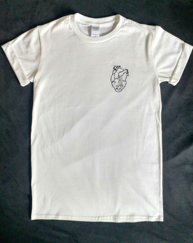BioHandStickereitShirt, bestickt Herz, Tumblr Shirt
