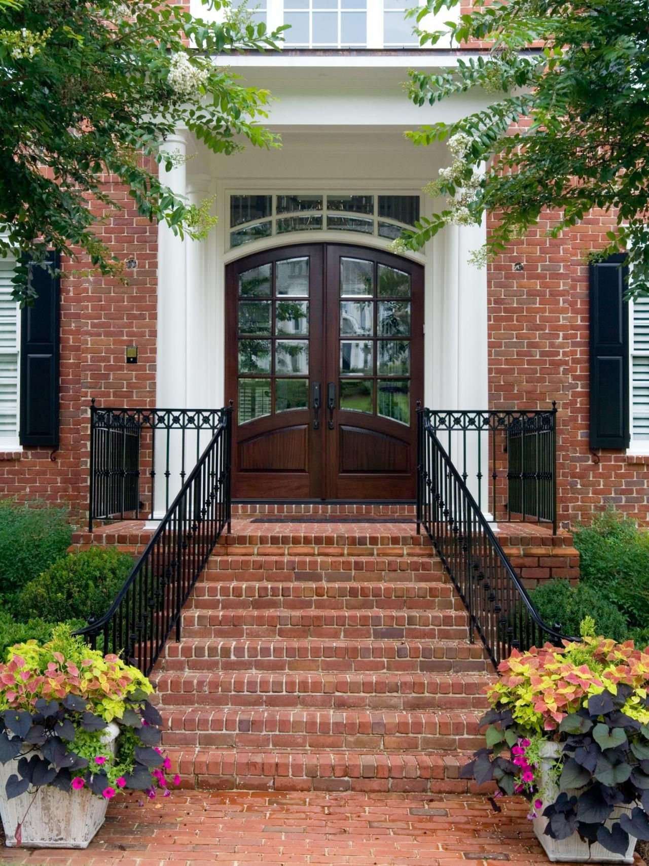 Front Door And Plant Color Combos Hardscape Design