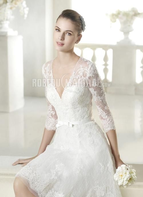 512eba06d70 Robe de mariée 2015 manches mi-longue dentelle col en v ceinture    ROBE209930  - robedumariage.com