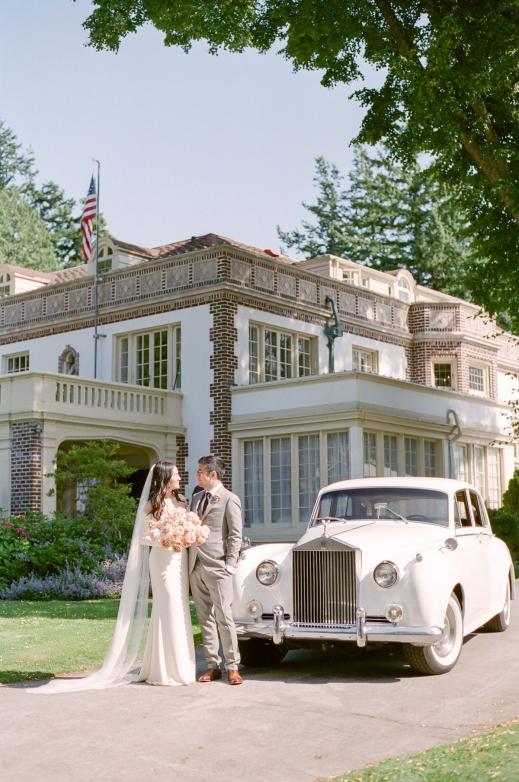 Vintage Rolls Royce Get Away Car Lairmont Manor Wedding In Bellingham Vintagecars Vintage Cars Vintage Cars Classic Rolls Roy