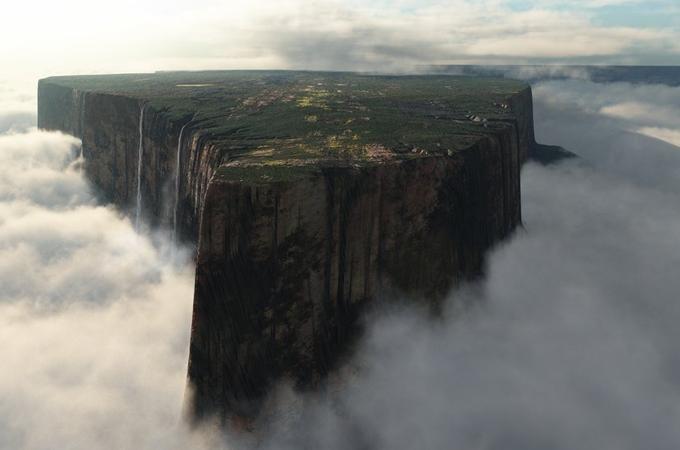 Il monte piatto più famoso al mondo in realtà è un dedalo di rocce e gole profonde - La Stampa