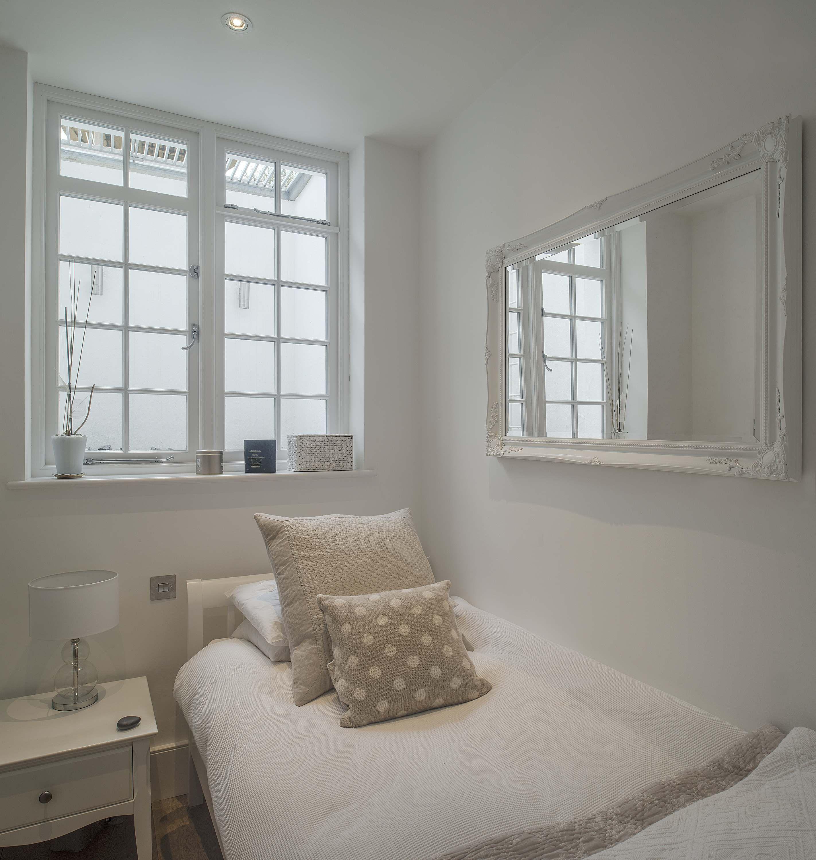 Standard Opening Window Into Half Height Light Well