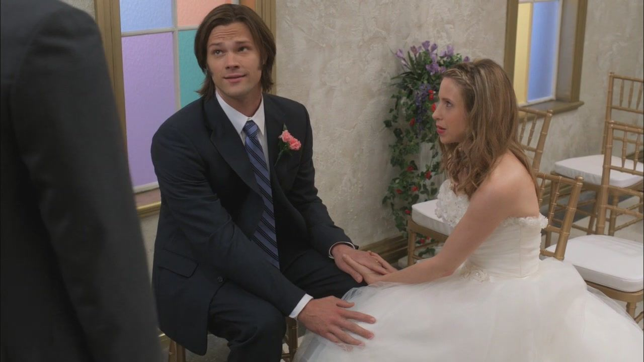 7x08 Season Seven Time For A Wedding With Images