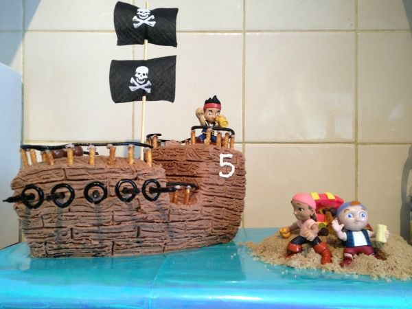 Cake Designs Pirate Ship : DIY Pitate cake. birthday party magic. Pirate Party ...