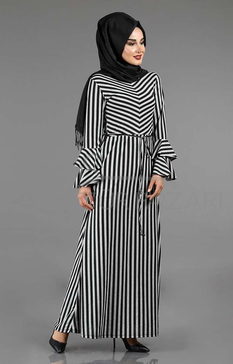 Cizgili Tesettur Volan Kol Elbise Modelleri Moda Stilleri Elbise Modelleri Elbise