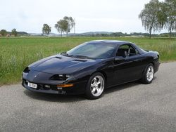 Black 1995 Camaro Had This In Black With T Tops This Was My Favorite Chevrolet Camaro Chevrolet Black Camaro