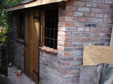 Small Brick Outbuilding Office Google Search Brick Shed Tiny House Camper Garden Buildings