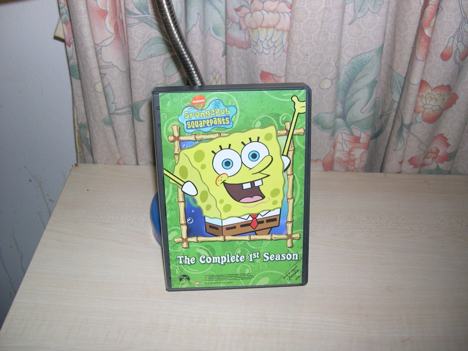 SPONGEBOB SQUAREPANTS SEASON 1 (DVD 2003 3-Disc Set)  https://t.co/rQdQ3DbZKb https://t.co/GsWcC3QgUL