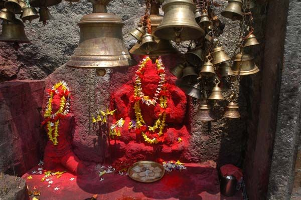 The Kamakhya temple is located on top of the Nilachal hill in Guwahati, Assam. There are regular city buses plying to Kamakhya temple. Hired taxis are also available at the foot of the hill and take about 15 mintues to reach the temple.