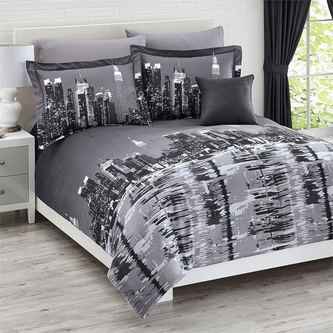 Total fab new york city skyline bedding nyc themed bedroom for New york bedroom designs