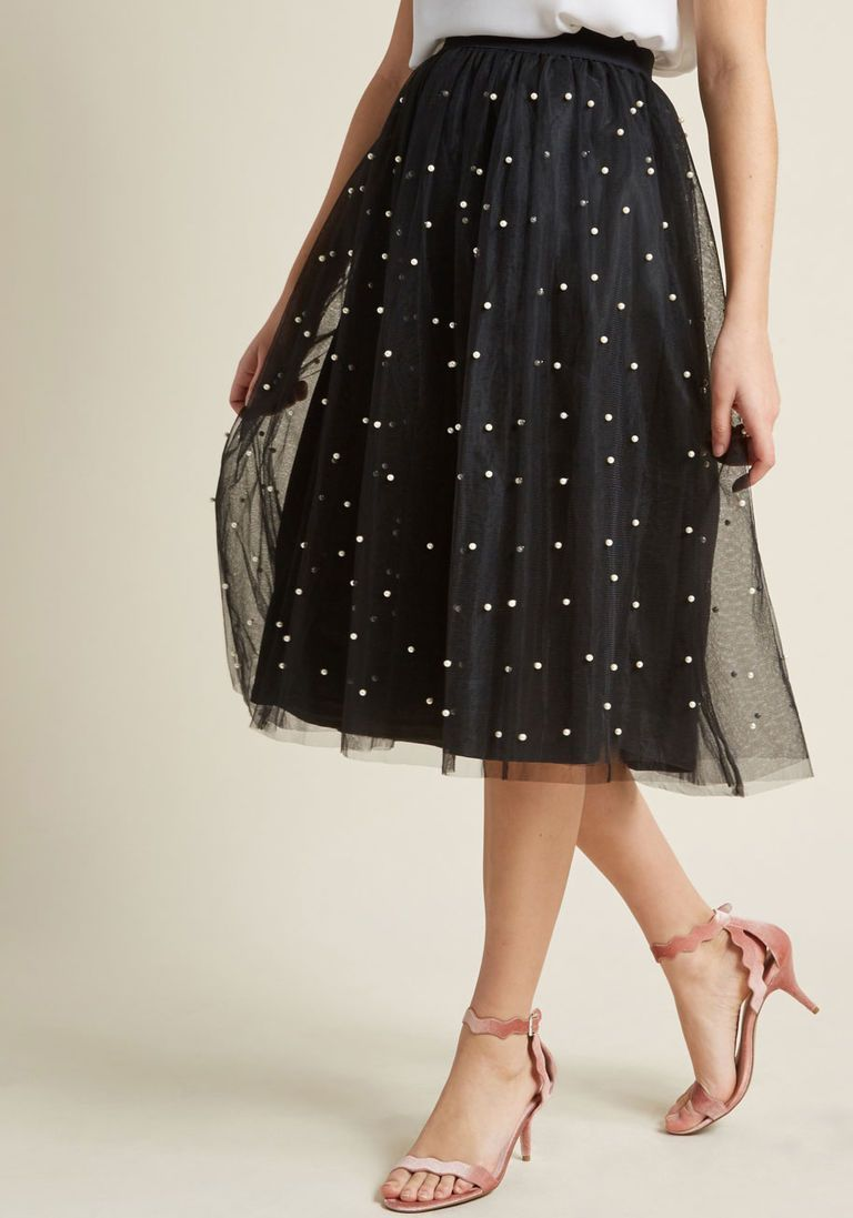 Louche Tulle Skirt With Pearl Inspired Beads Tulle Skirt Black Tulle Skirts Outfit Fashion [ 1097 x 768 Pixel ]