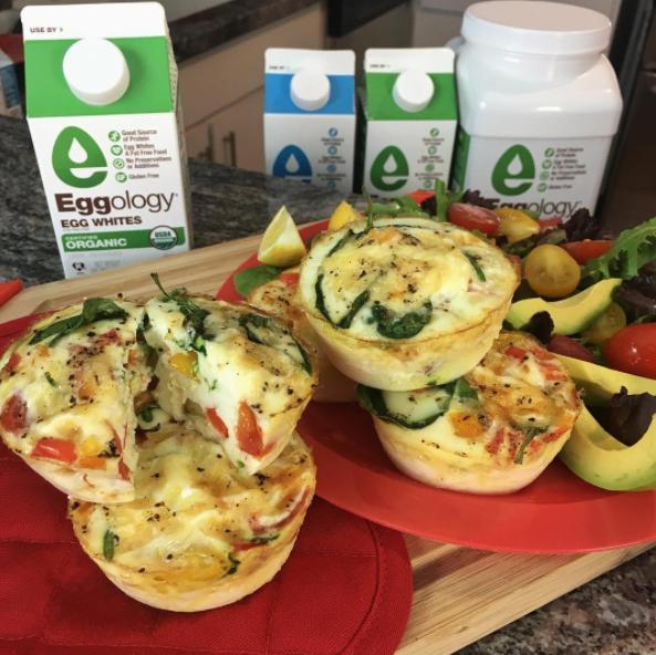 Muffins de clara de huevo queso y verduras comidas for Cocinar comida sana