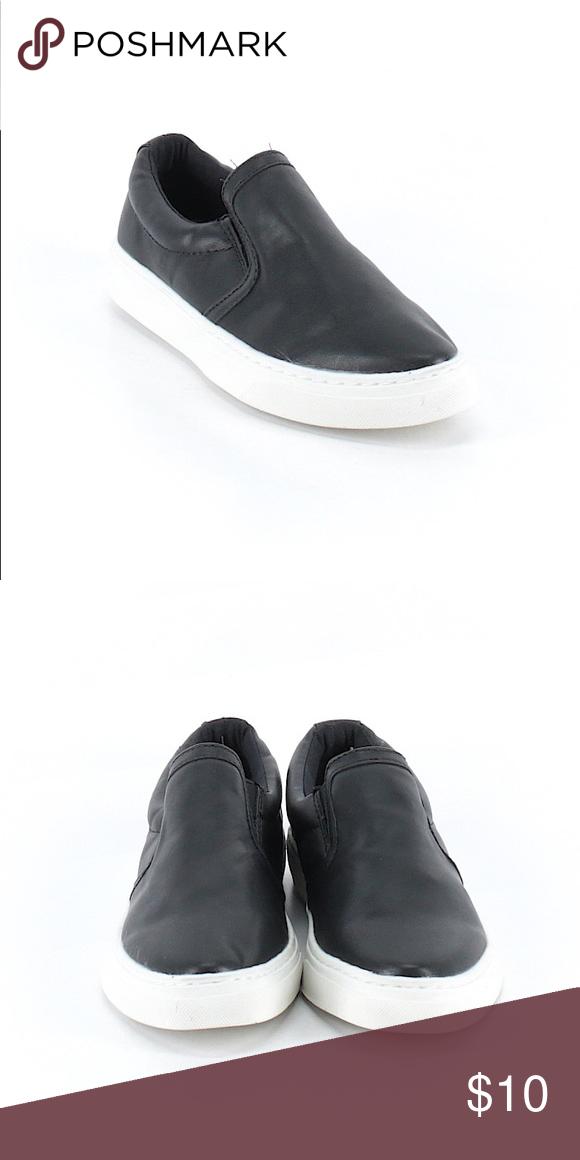 SODA Slip Ons | Black slip ons, Slip on