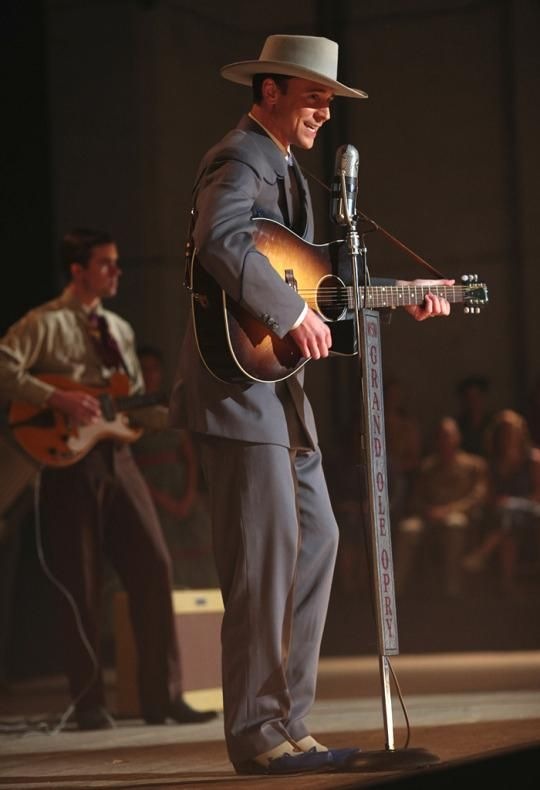 Tom Hiddleston Sings Hank Williams Tune In First Clip From I Saw The Light I Saw The Light Hank Williams Tom Hiddleston Interview