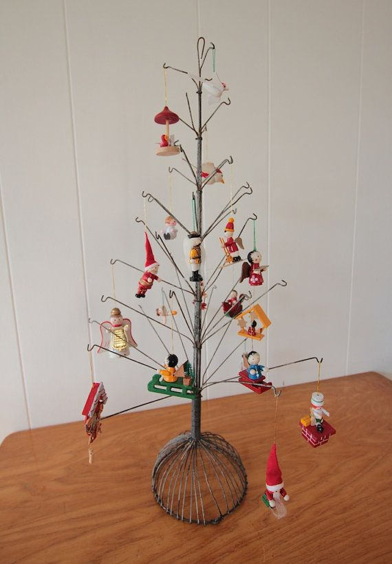 Vintage metal Christmas tree/ wire display stand