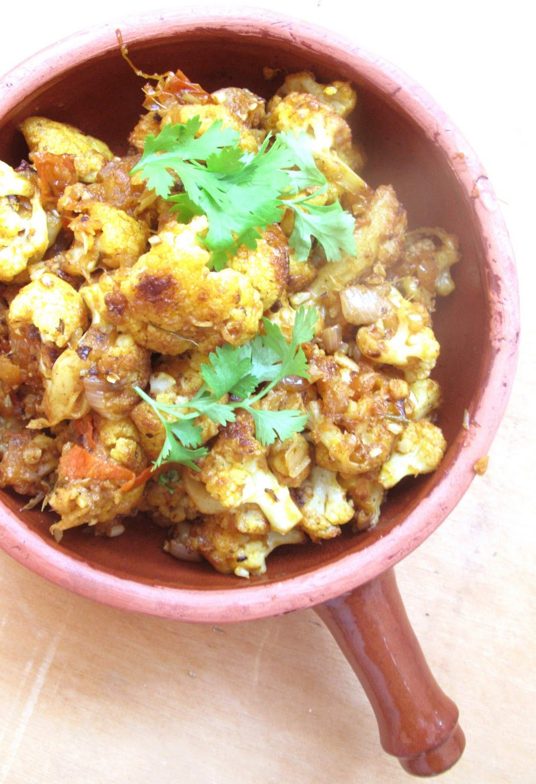 Journey Kitchen: Gobi Kasuri Methi - Cauliflower Curry With Dry Fenugreek Leaves