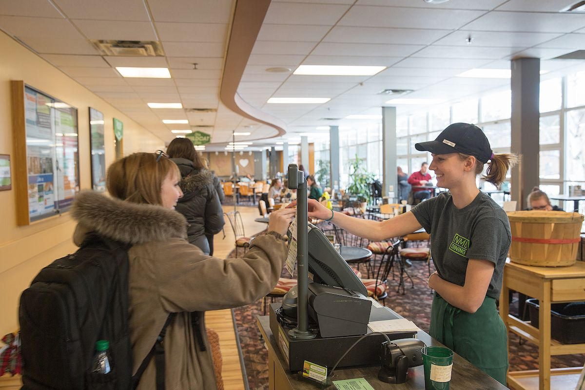 The Den Is Just One Of 11 Nmu Dining Locations Smoothie King Dining Locations