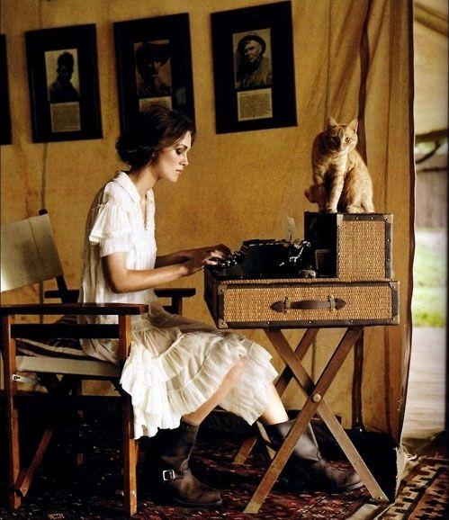 """""""Un escritor es alguien que lucha con los ángeles de la soledad y de la verdad."""", Christian bobin"""