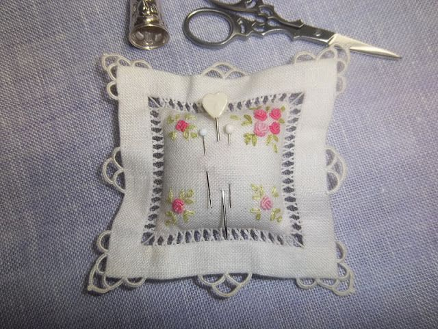 Drawn Thread Work combined with Embroidery for a beautiful sachet from: Lavender and Lilac: Towel Linen