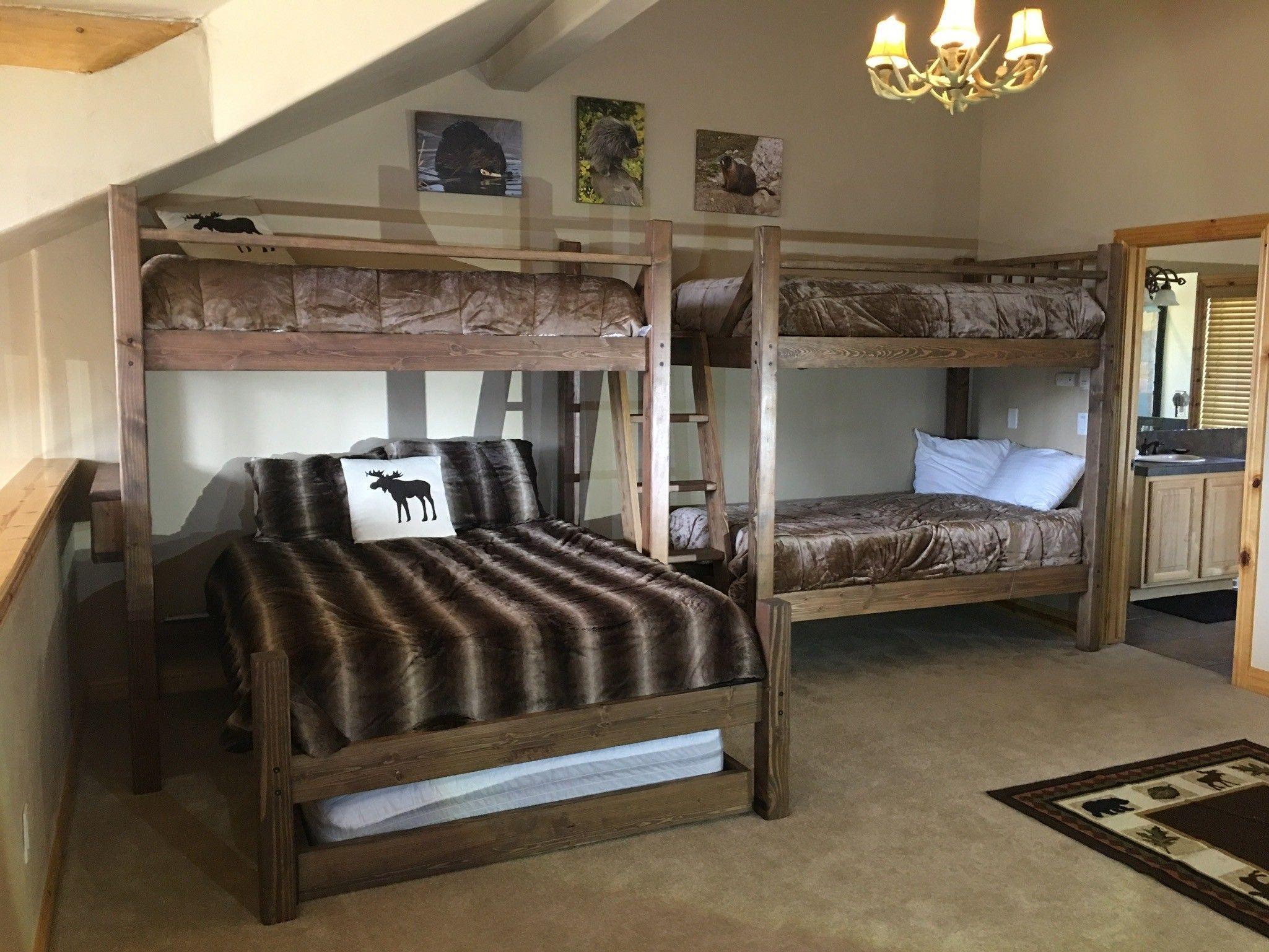 Pine loft bed with desk  Mountain Resort Quad Bunk LuxuryBMW  Luxury BMW in