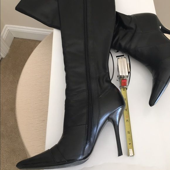 Black leather stiletto boots Black leather stiletto boots, tips slightly worn. Nothing a cobblestone can't fix. Steve Madden Shoes Heeled Boots