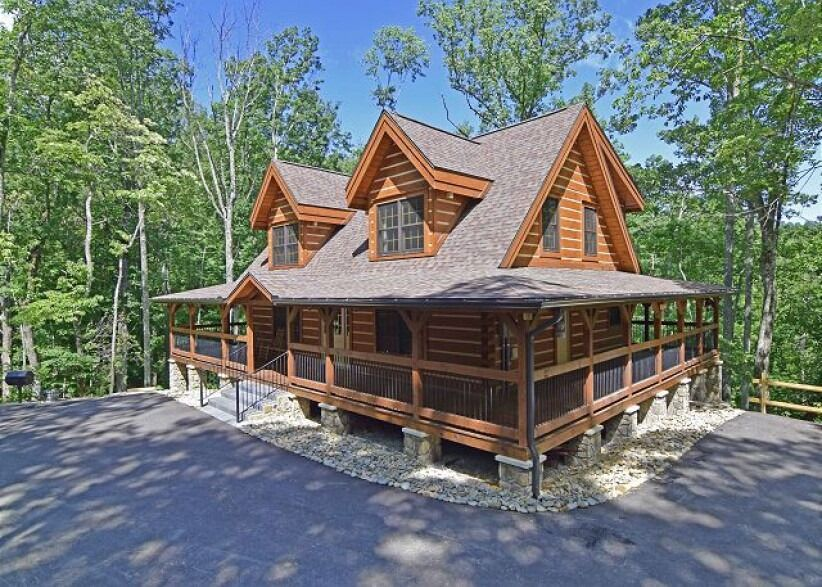 Offer Valid January 4th 2020 Through February 29th 2020 Use Promo Code 3rdfree Pay For 2 Nights An Gatlinburg Cabins Gatlinburg Cabin Rentals Cabin Rentals
