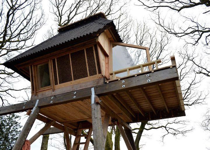 Conçue par l'architecte Nozomi Nakabayashi, dont le client est justement un écrivain, en quête de paix et de tranquillité dans le Dorset, en Angleterre.