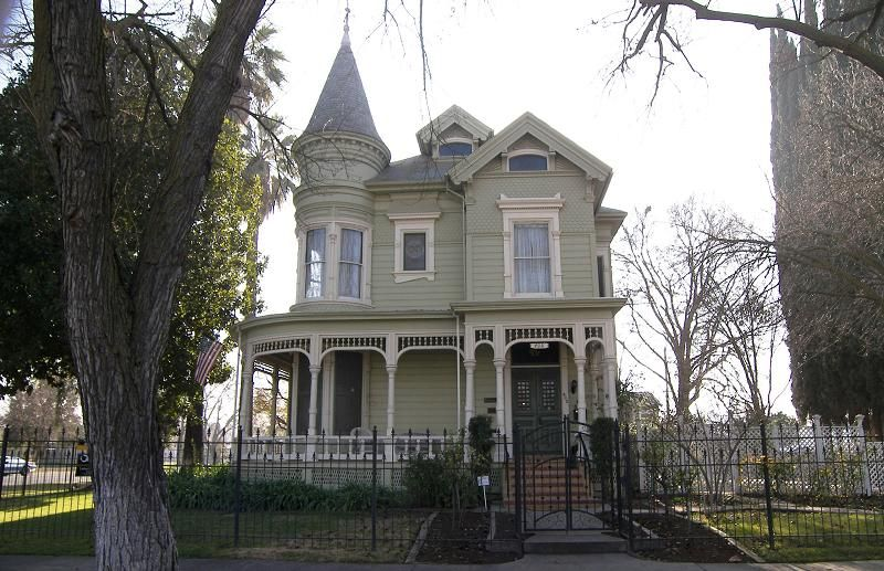 1892 Victorian Kehler Rector House In Merced California Victorian Homes Victorian Architecture Old Houses