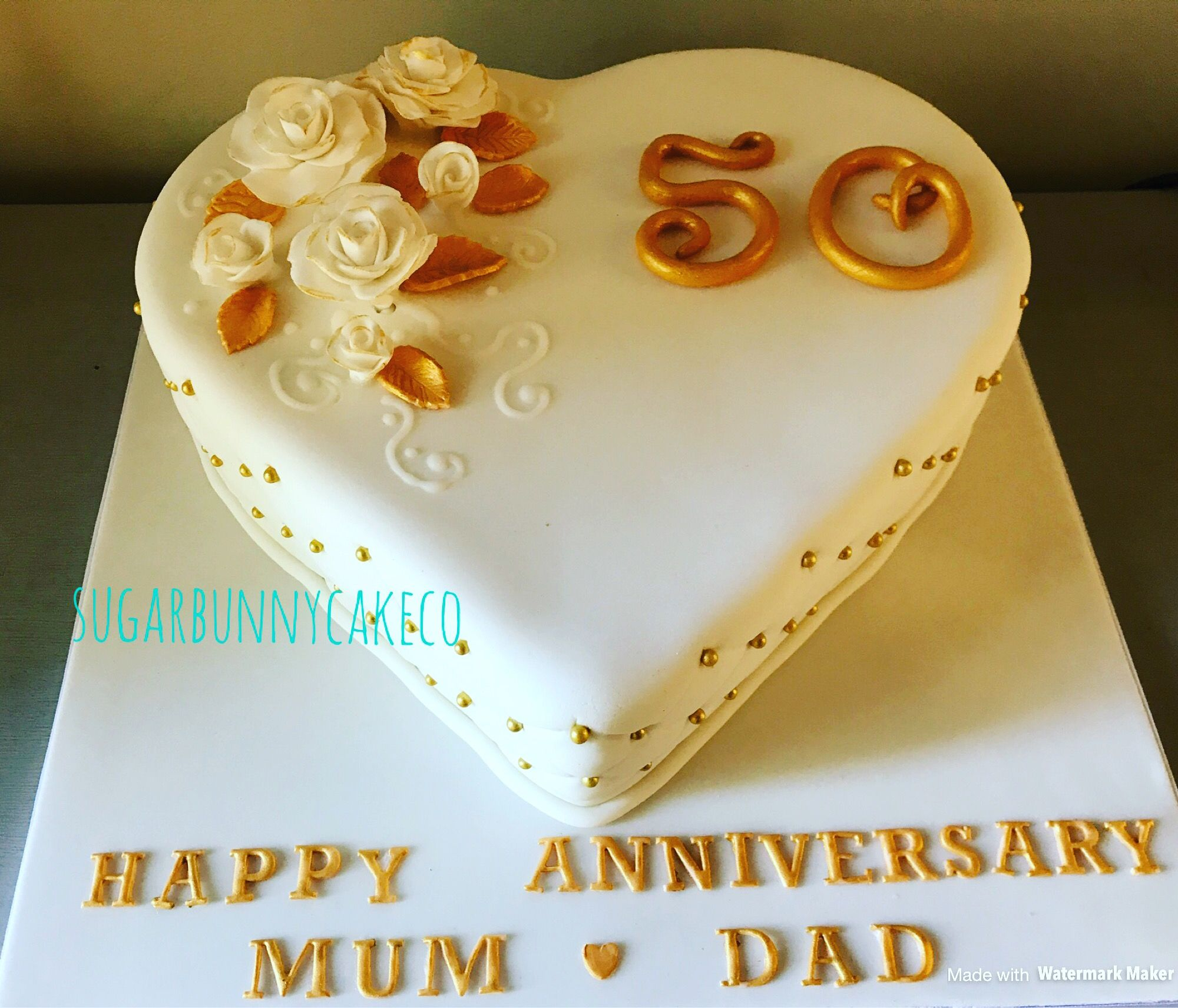 50th golden wedding anniversary Cake | Cascading bouquets ...