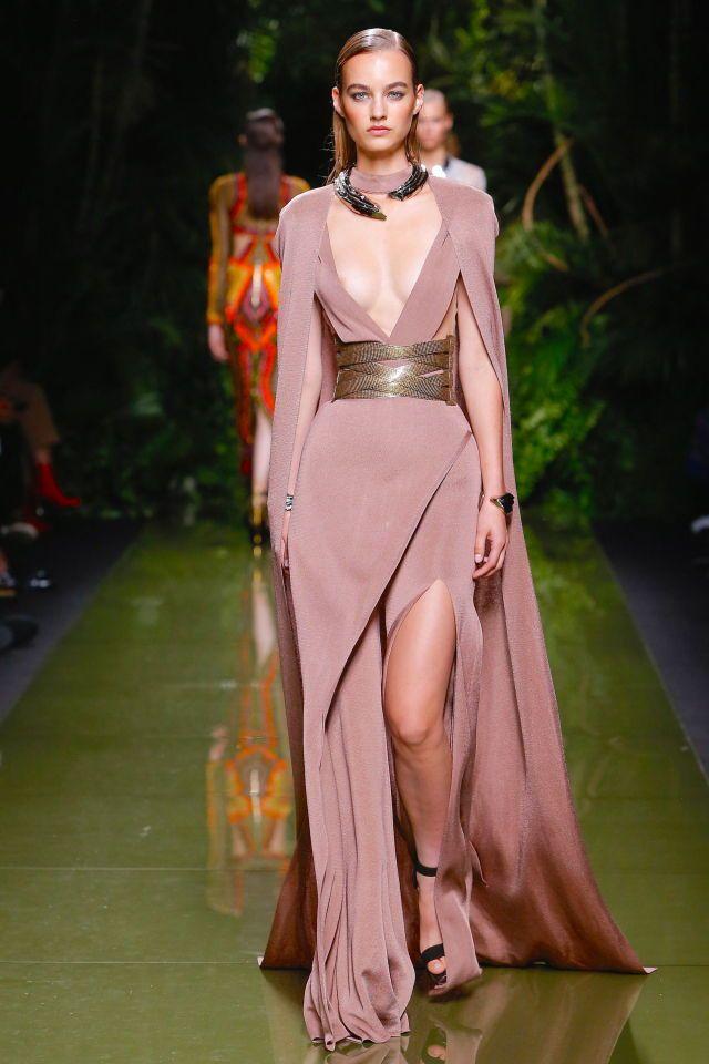 Pin de Samia Khodary en Dresses & Outfits | Pinterest | Cosas